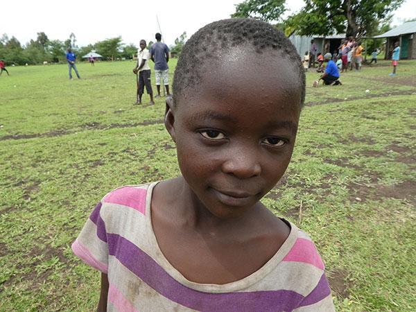 Child-in-village-P1000092
